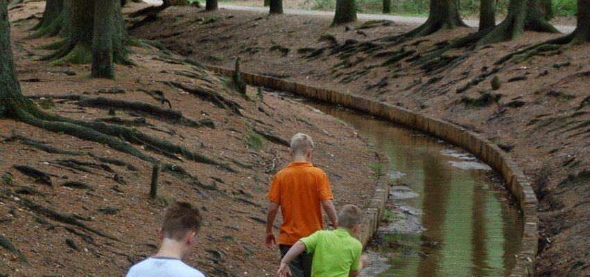 sprengen bij de loenense waterval